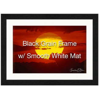 Black Grain Frame Smooth White Mat
