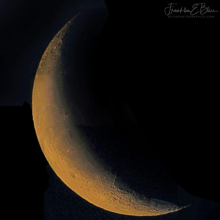 Waning Crescent Moon January 010920A