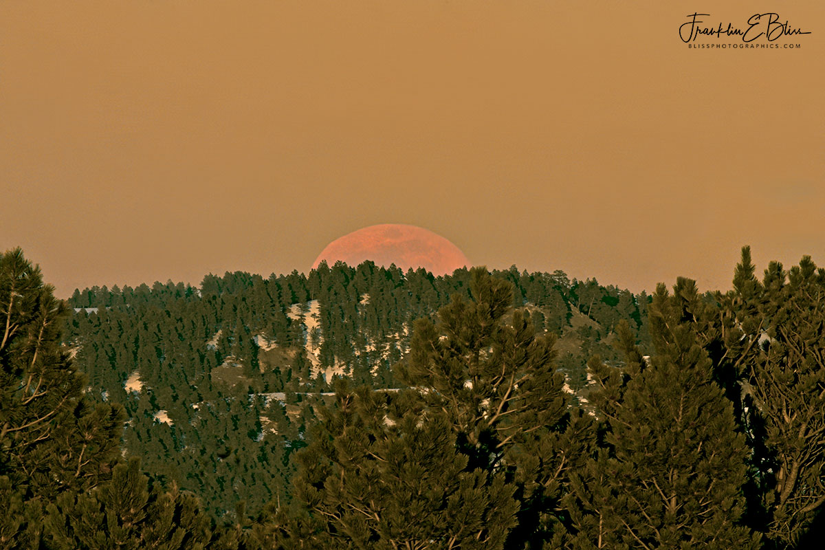 Falling Horizon Exposing Moon