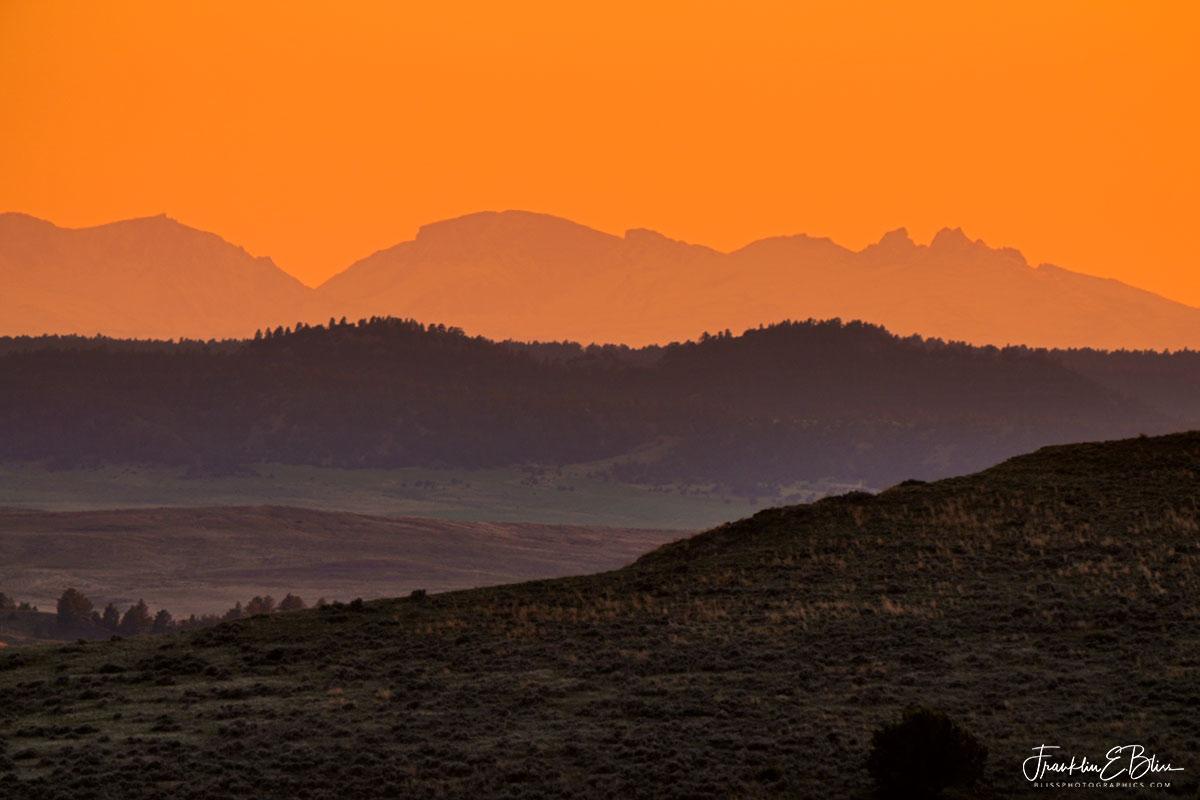 BigHorns Orange Landscape Ladder