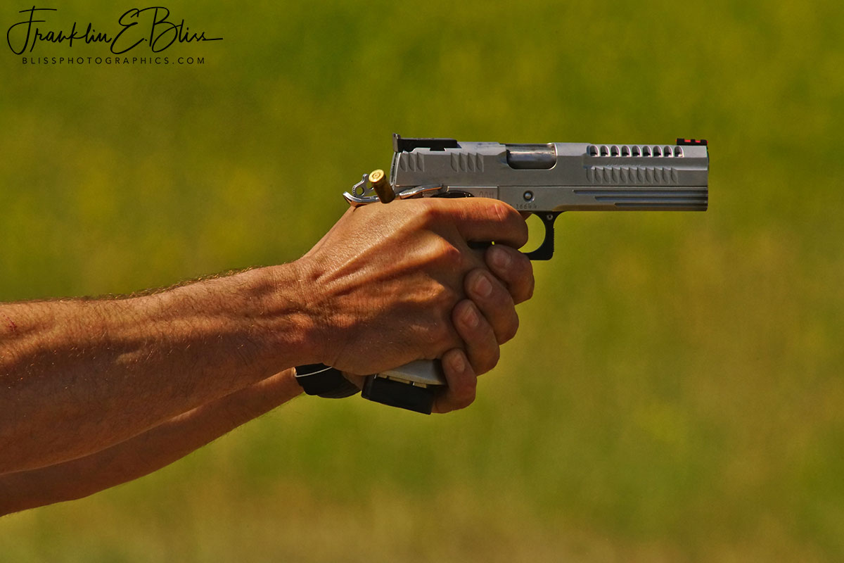 Wyotana Pistol Training Session