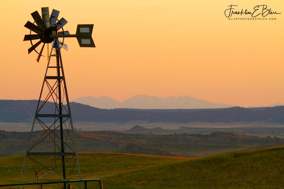 Close Far Windmill BigHorns
