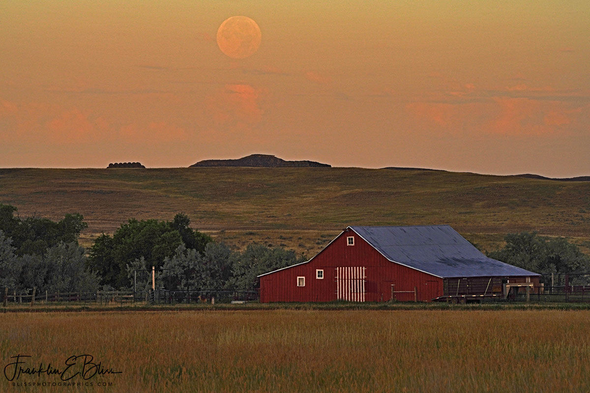 Parks Ranch Barn Moonset
